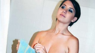 Young student Chrissy takes a solo sex shower